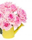 Mazzo di rose rosa freschi — Foto Stock