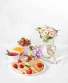 草莓早餐 — 图库照片