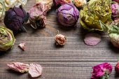 Dried roses. Valentines background. — Stockfoto