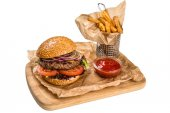 Restourant serving dish - burger with meat, frying potato on woo — Stock Photo