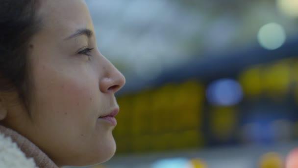 Женщина на выезд фото 636-975