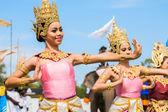 Thai dancers dancing — Stock Photo