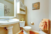 Bathroom interior with whtie washbasin stand — Stock Photo