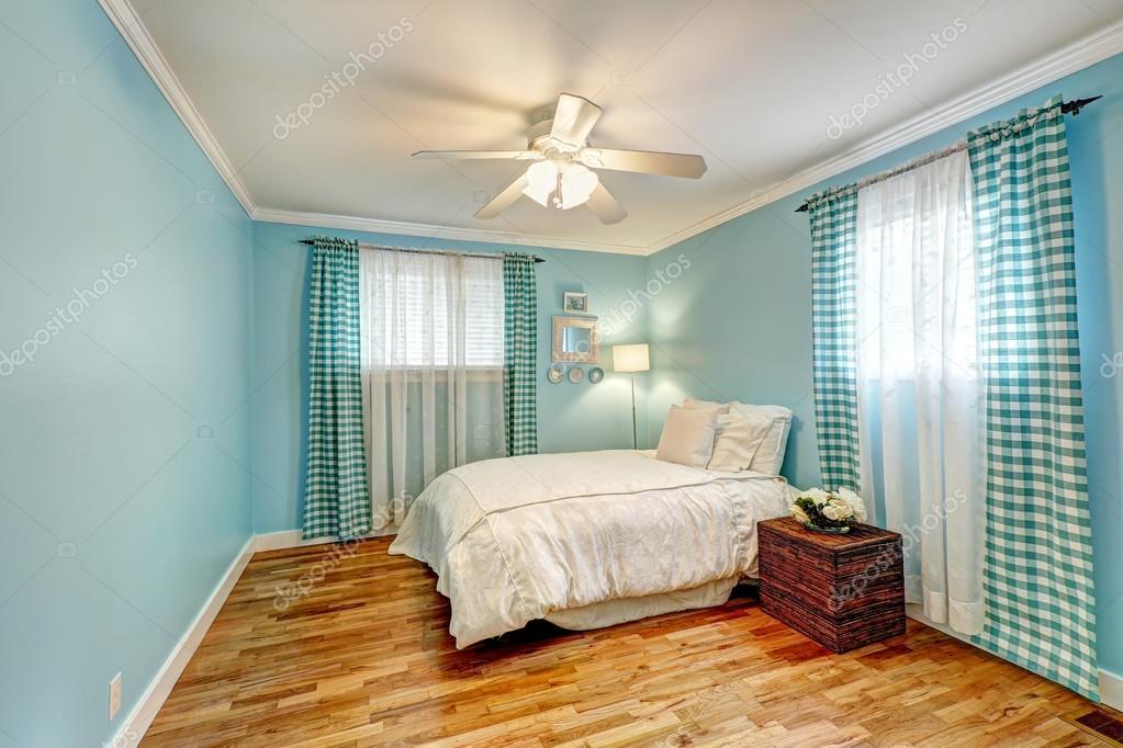 vrolijke licht blauwe slaapkamer  stockfoto © irianaw, Meubels Ideeën