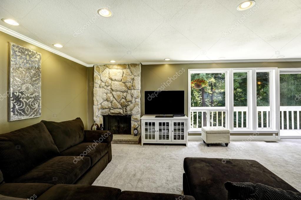 Soggiorno beige e marrone idee per il design della casa - Divano roche bobois usato ...