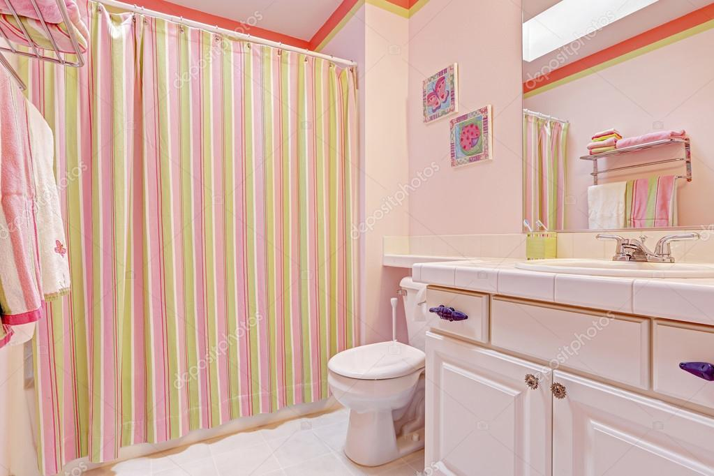 Girly bathroom