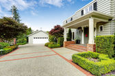 Luxury real estate in Tacoma, WA. Entrance porch with brick trim — Stock Photo