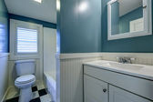 Blue and white bathroom interior. — Stock Photo