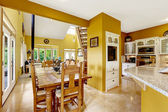 Farm house interior. Dining area in kitchen room — Foto de Stock