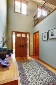 Entree hal in modern huis — Stockfoto