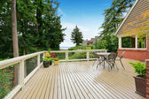 House with spacious walkout deck — Stock Photo
