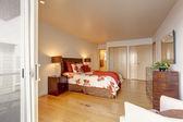 Romantic master bedroom interior with closet — Foto de Stock