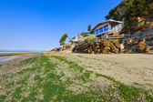 Luxury houses with exit to private beach, Burien, WA — Stock Photo