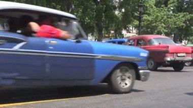 Old American cars — Stock Video