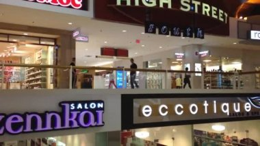 One side of shopping mall — Stock Video