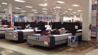 Customer shopping mattress — Stock Video