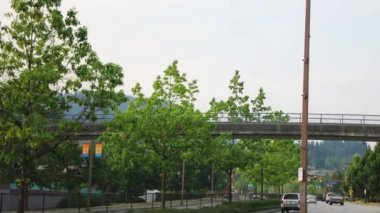 Time lapse of two ways traffic in Coquitlam BC Canada. — Video Stock