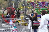 People having fun at the West Coast Amusements Carnival — Stock Photo