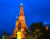 Arun temple at twilight time — Stock Photo