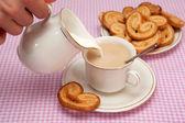 Pieczywo i herbata — Zdjęcie stockowe
