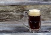Draft Stout Beer in Glass Stein on Rustic Wood — Stock Photo