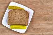 Ham Sandwich made of whole wheat bread  — Stock Photo