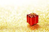 Caixa de presente vermelha — Foto Stock