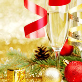 Champagne en christmas decor — Stockfoto