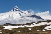 Kamen Volcano, Kliuchevskoi Volcano, Bezymianny Volcano. Kamchatka Peninsula — Stock Photo