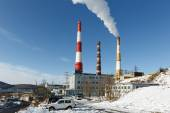 Kamchatka thermoelectric power station with smoking pipes on Petropavlovsk-Kamchatsky (Russia) — Stock Photo
