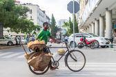 Street Vendors of Dar Es Salaam — Стоковое фото