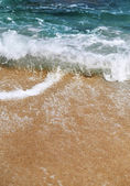 Sea waves and beach — Stock Photo