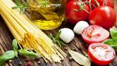 Italian Ingredients, Spaghetti,Olive Oil, Spices, Cherry Tomatoe — Stock Photo