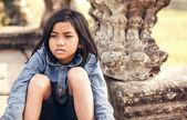 Girl posing in sunset Angkor Wat — Stock Photo