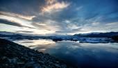 Vue du lagon de glacier, jokulsarlon, Islande au coucher du soleil. — Photo