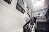белый лестницы — Стоковое фото