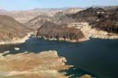 Lake Mead reservoir with drought visible in Nevada and Arizona — Stock Photo
