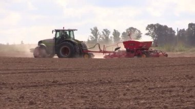 Farm country tractor harrow field — Stock Video