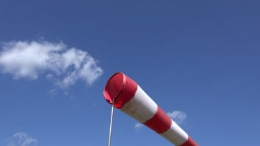 Inflated air sleeve windsock show direction of wind blowing. 4K — Stock Video