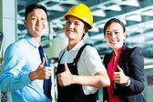 Worker, Production manager and owner in factory — Foto Stock