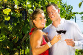 Woman and man drinking wine — Stock Photo