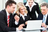 Affari - successo riunioni in un ufficio — Foto Stock