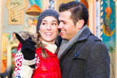 Couple during  the Christmas market — Stock Photo