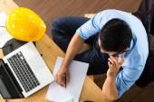 Architekt, die zu Hause arbeiten — Stockfoto