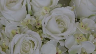 Wedding white beautiful rose bouquet  florist composition — Stock Video