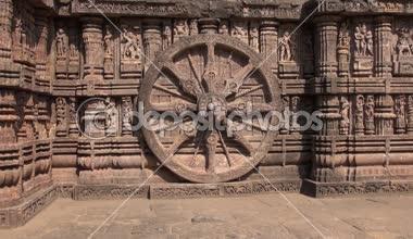 Beautiful carvings on stone wheel in  ancient Surya Hindu Temple Konark, India — Stock Video