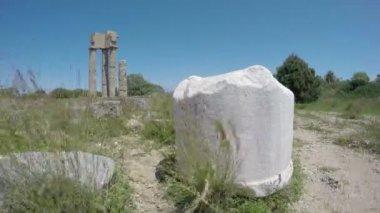ロードス歴史的アポロ寺院の遺跡、ギリシャのアクロポリスの列。時間経過の 4 k — ストックビデオ