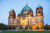 Berlin - Germany - September 28 Highlighted building of Berlin Cathedral - Berliner Dom. Located at Museum Island in Berlin. Evening view. Berlin - Germany - September 28, 2014 — Stock Photo