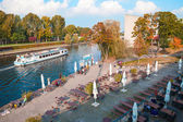 Berlin - Germany - October 01 People drink coffe and rest next to of one of the Spree River docks - near to Bundestag building. Berlin - Germany - October 01, 2014 — Stock Photo