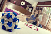 Honeymoon. Newlyweds in hotel — Foto de Stock